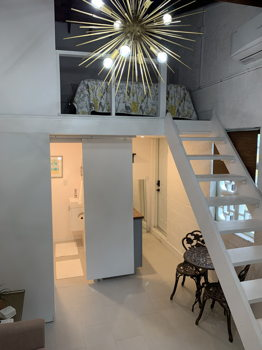 Picture 1 of 1 bedroom Guest house in Hollywood