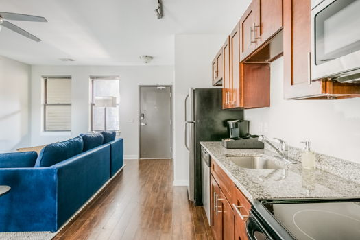 Picture 16 of 2 bedroom Apartment in Nashville