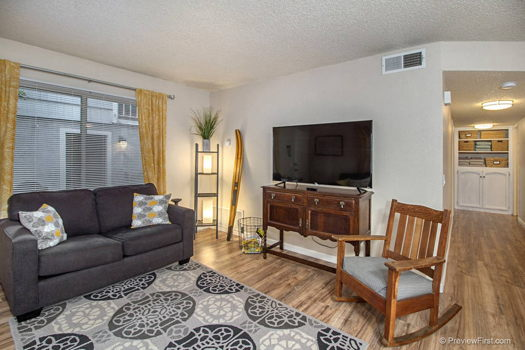 Picture 4 of 2 bedroom Condo in San Diego